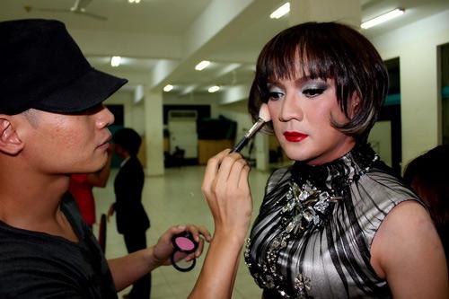Sao Việt câu khách bằng giới tính - 2