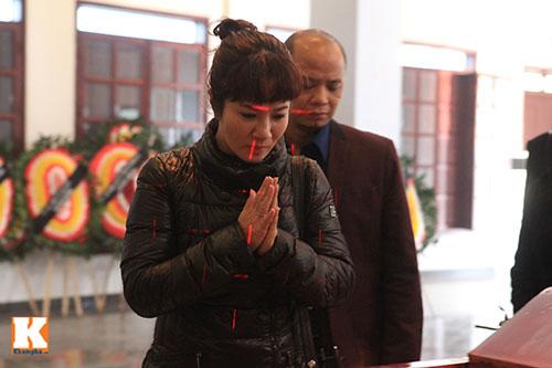 Nghệ sĩ Việt khóc nghẹn tiễn Tuấn Dương - 10