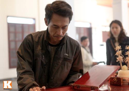 Nghệ sĩ Việt khóc nghẹn tiễn Tuấn Dương - 11