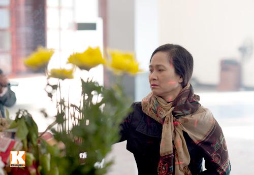 Nghệ sĩ Việt khóc nghẹn tiễn Tuấn Dương - 18