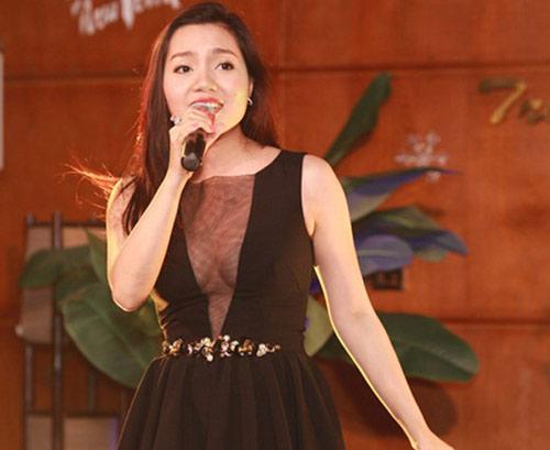 Phản cảm với trang phục hát từ thiện của sao Việt - 9