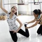HH Diễm Hương khổ luyện đóng phim Tết