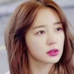 """Làm đẹp - Trang điểm """"môi cánh hoa"""" như Yoon Eun Hye"""