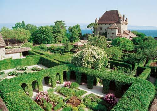 Đến thăm làng cổ đẹp nhất nước Pháp - 9
