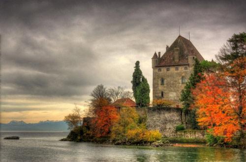 Đến thăm làng cổ đẹp nhất nước Pháp - 5