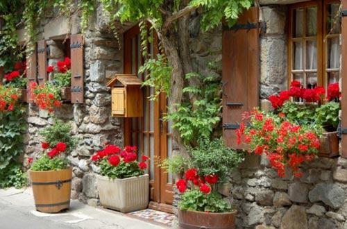 Đến thăm làng cổ đẹp nhất nước Pháp - 3