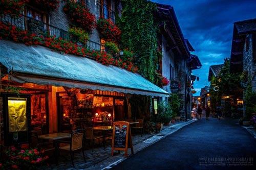 Đến thăm làng cổ đẹp nhất nước Pháp - 4