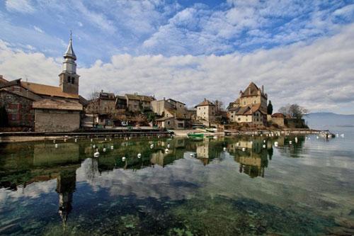 Đến thăm làng cổ đẹp nhất nước Pháp - 6
