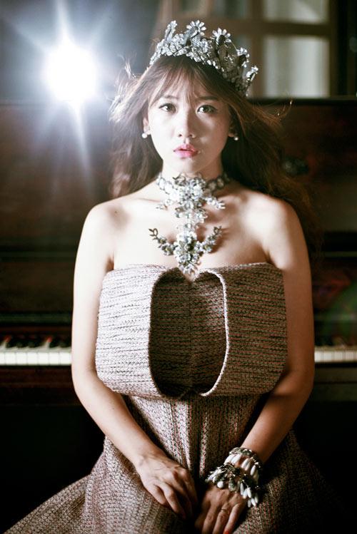 Hari Won xinh như công chúa Tuyết - 1