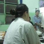 Tin tức trong ngày - Đánh ghen kinh hoàng: 1 phụ nữ bị rạch nát mặt