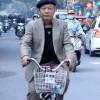 Hà Nội: Xe ôm, bảo vệ đều thanh lịch với vest