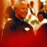 """Cuộc đời  """" ngọn hải đăng """"  Nelson Mandela qua ảnh"""