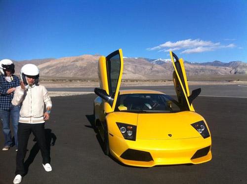 Cường đô la tung video đua siêu xe tại Mỹ - 3