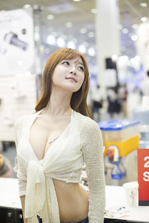9 người mẫu ô tô nóng bỏng nhất xứ Hàn - 3