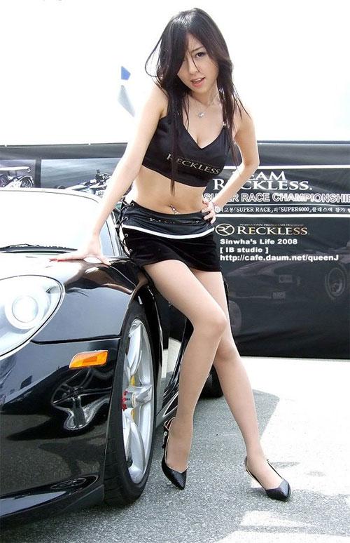 9 người mẫu ô tô nóng bỏng nhất xứ Hàn - 5
