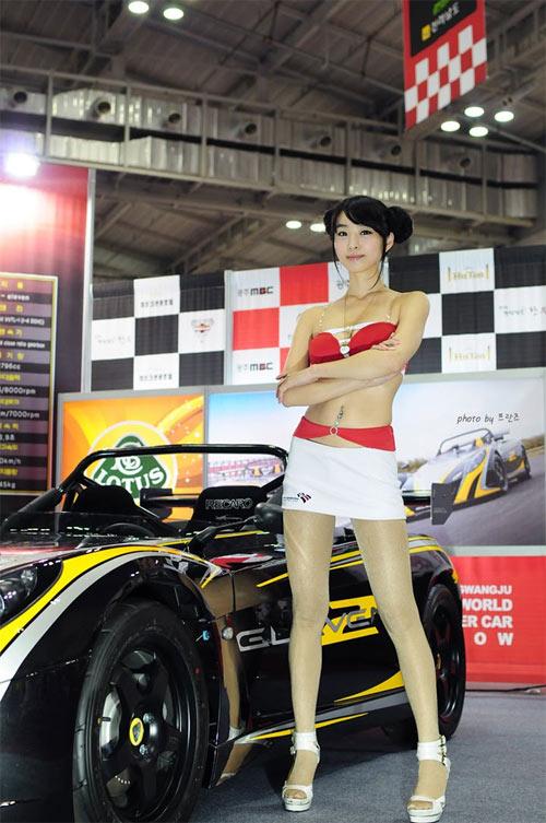 9 người mẫu ô tô nóng bỏng nhất xứ Hàn - 12
