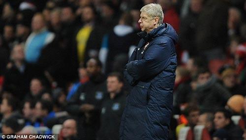 """Arsenal: Khi """"kẻ thù"""" là nỗi sợ hãi - 1"""