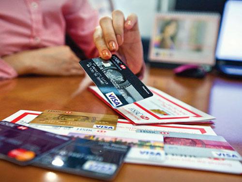 Ngân hàng cạnh tranh bằng thẻ thông minh - 1