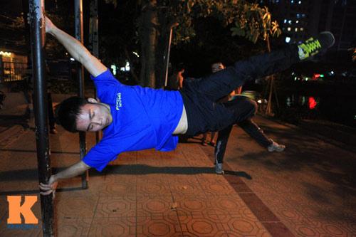 Giới trẻ Việt mê thể dục đường phố - 7