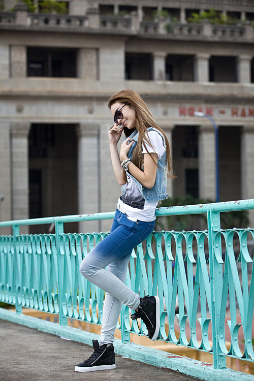 Phong cách trẻ của hot girl lai Pháp - 14
