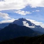 Du lịch - Cận cảnh đỉnh núi cao nhất Đông Nam Á