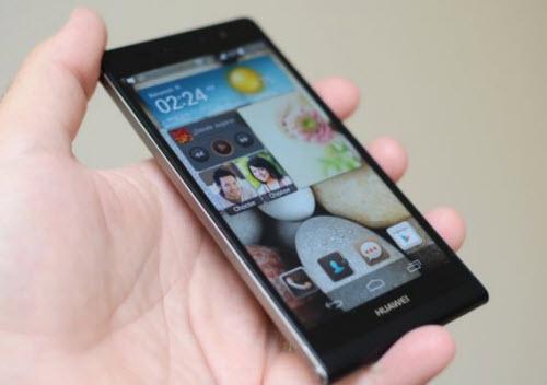 """Smartphone đầu tiên có camera trước 8 """"chấm"""" - 2"""