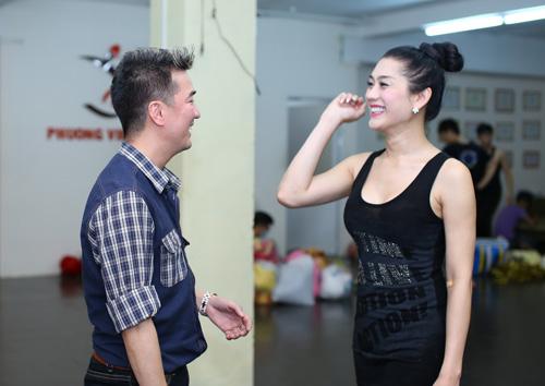 Mr. Đàm, Lâm Chí Khanh diễn tình ngang trái - 2