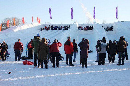 Những lễ hội mùa đông độc đáo nhất thế giới - 7