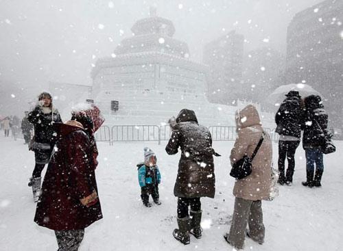 Những lễ hội mùa đông độc đáo nhất thế giới - 8