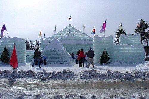 Những lễ hội mùa đông độc đáo nhất thế giới - 9