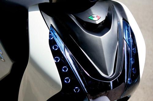 Trào lưu độ mặt nạ cho Honda SH 2012 - 7