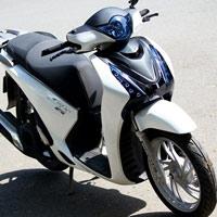 Trào lưu độ mặt nạ cho Honda SH 2012