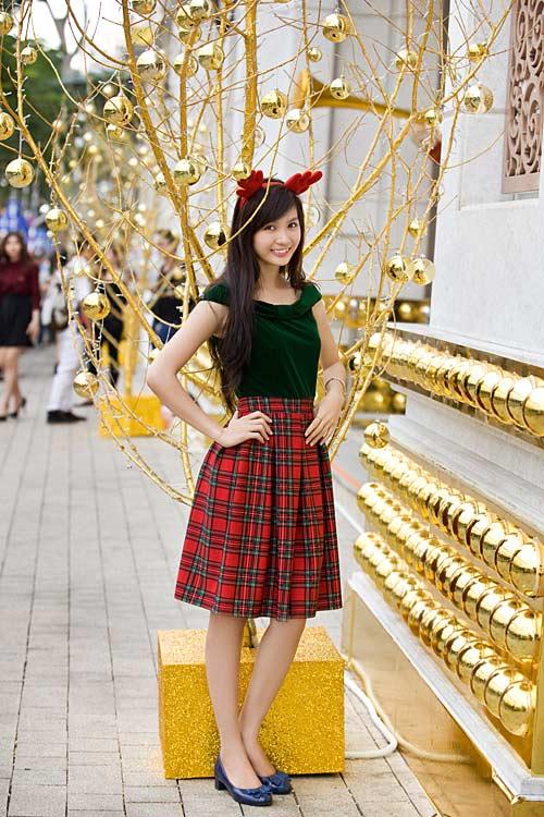 Bạn trẻ Sài Gòn khoe phong cách Giáng sinh - 3