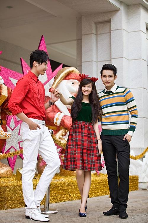 Bạn trẻ Sài Gòn khoe phong cách Giáng sinh - 4