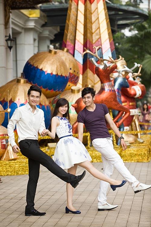 Bạn trẻ Sài Gòn khoe phong cách Giáng sinh - 8