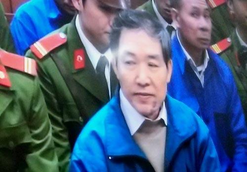 Đang tuyên án Dương Chí Dũng - 1