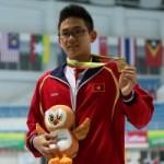 - Con bác tài xế vô địch bơi SEA Games 27