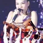 Ca nhạc - MTV - Thu Minh lại khiến khán giả thót tim