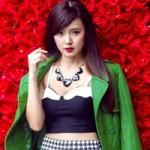 Thời trang - Hot girl Midu gợi cảm trên phố Giáng sinh