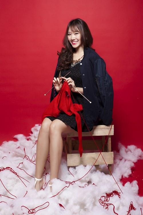 Hari Won, Tiến Đạt tặng quà Giáng sinh cho fan - 7