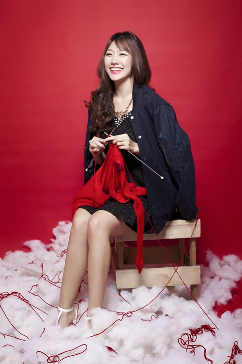 Hari Won, Tiến Đạt tặng quà Giáng sinh cho fan - 8