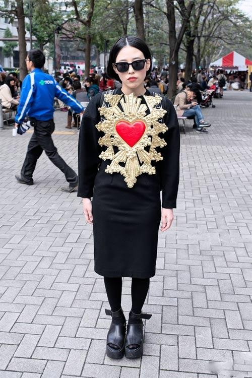 Váy dài kỳ thú trên đường phố Tokyo - 2