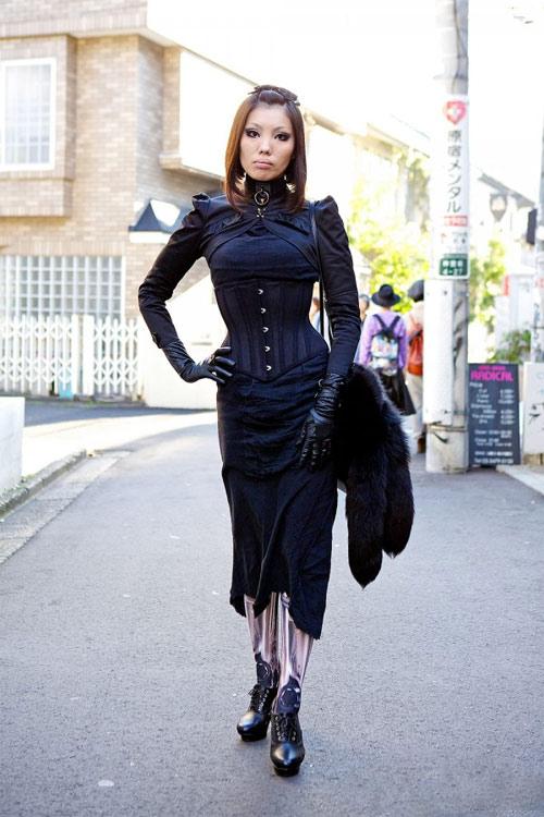 Váy dài kỳ thú trên đường phố Tokyo - 4