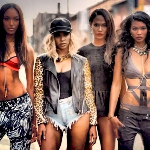 10 khoảnh khắc thời trang đáng nhớ nhất 2013 - 4