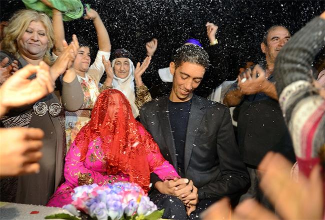 Đám cưới của anh được tổ chức vào cuối tháng 10 vừa qua
