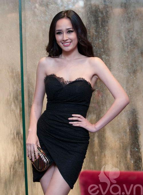 Showbiz Việt: Một năm ngập váy ngắn! - 13