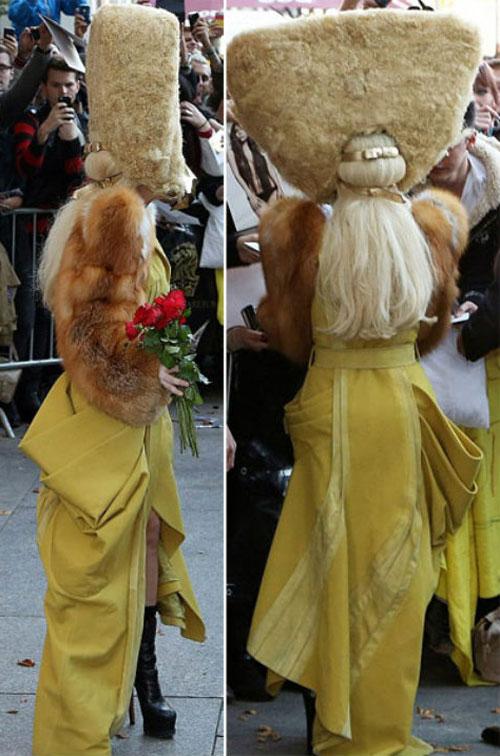 Những bộ váy đáng quên của sao quốc tế - 7