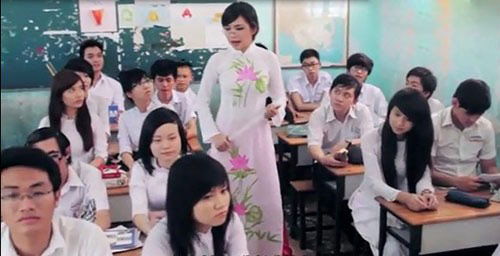 Bà Tưng vào top từ khóa hot nhất giới trẻ 2013 - 16