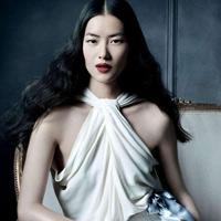 """10 siêu mẫu """"cai trị"""" làng thời trang quốc tế - 15"""