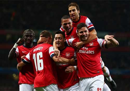 Arsenal - Wenger: Đừng để Giáng sinh buồn - 2